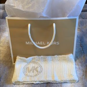 Micheal Kors headband.